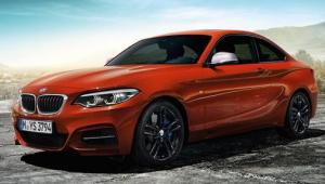 輸入車クーペ BMW2シリーズ