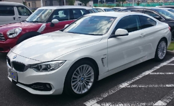 BMW4シリーズの無料ネット車査定の事例 斜め前画像