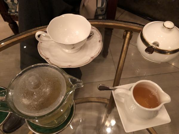 エクシブ軽井沢のラウンジでお茶