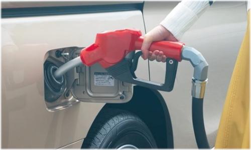 セレナe-POWERとステップワゴンハイブリッドの燃費を口コミ比較