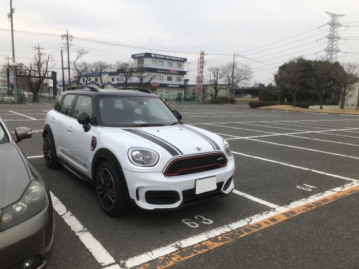 筑波サーキット駐車場のミニ