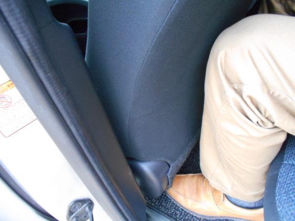 シエンタのセカンドシートの最小スペース