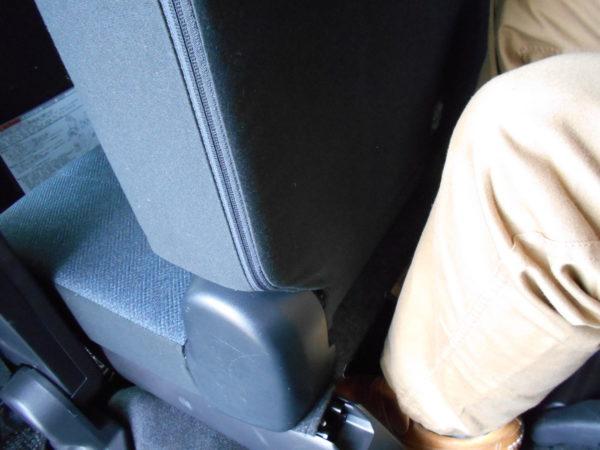 シエンタのサードシートの最大レッグスペース