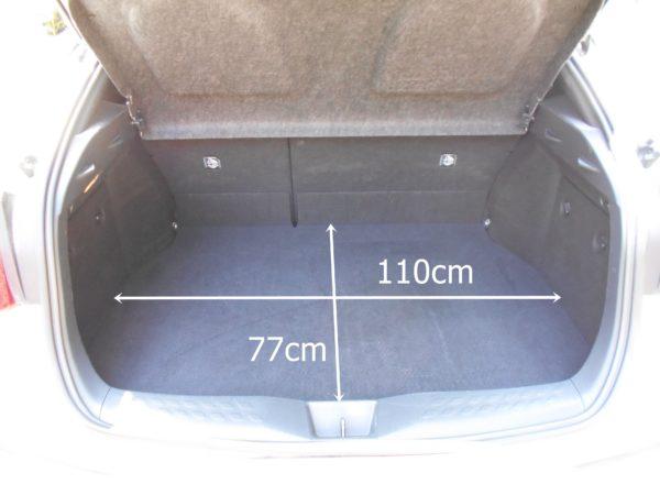 C-HRのリアシート使用時の荷室