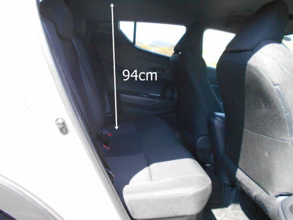 C-HRのリアシートの座面高