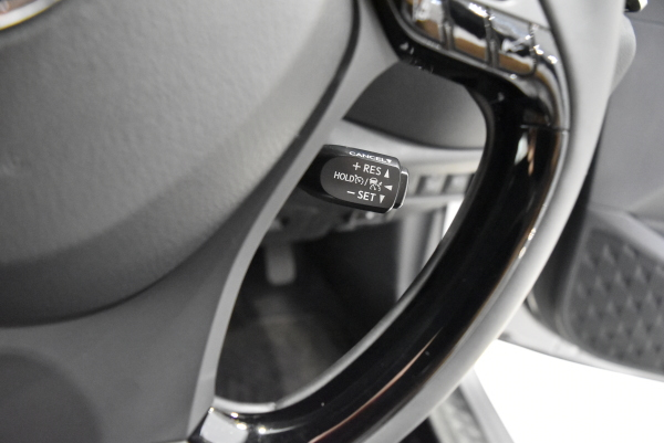 C-HRのレーダークルーズコントロールスイッチ