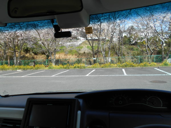 N-BOXの前方視界