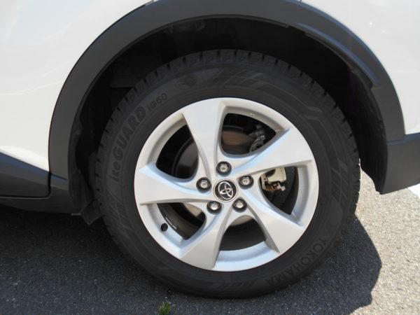 C-HRのタイヤ