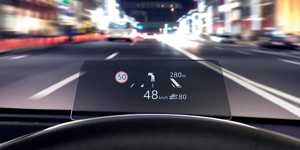 マツダ2の交通標識認識システム