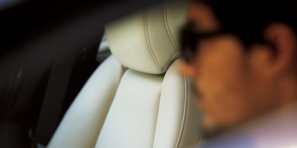 マツダ3の運転席