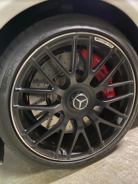 メルセデスベンツ AMG Cクラスワゴンのホイール
