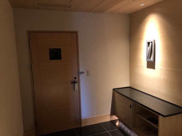 エクシブ鳥羽別邸のスーパースイートの部屋内の画像