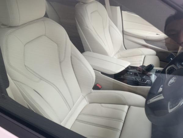 BMW 5シリーズ ツーリングの内装